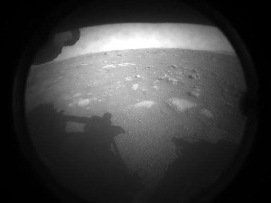 Primeira foto do rover Perseverance em Marte